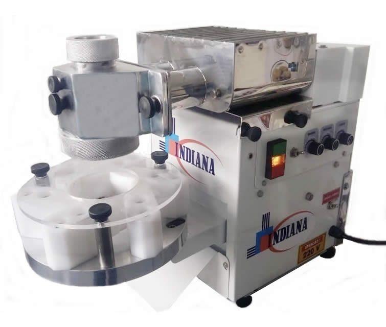 c8cfbf028 Com a nossa Linha Light você pode escolher entre um dos cinco modelos de  máquinas, que mais se assemelha a você, todos os modelos produzem salgados  e doces, ...